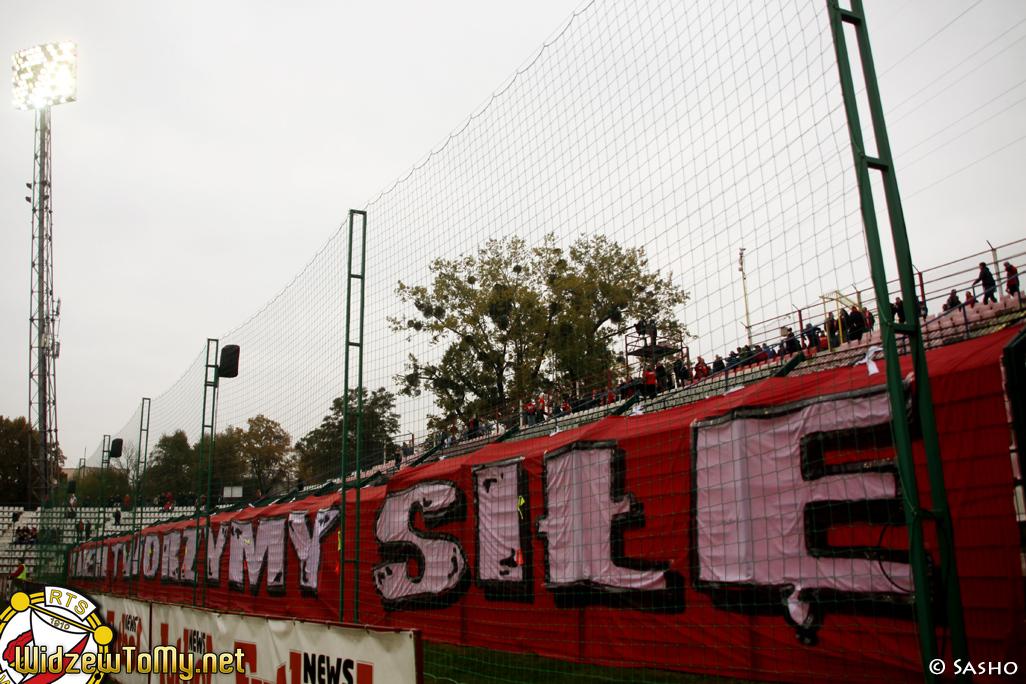 widzew_d_-_cracovia_20111030_2089488283